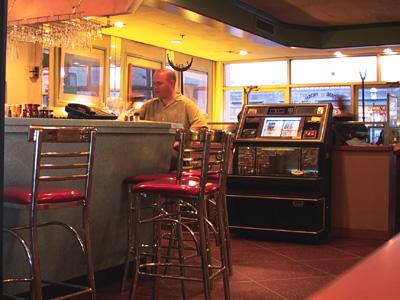 Intérieur de Fran's: le bar