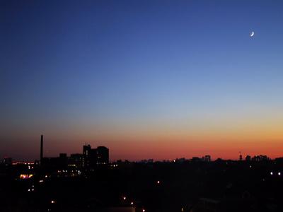 coucher de soleil et clair de lune