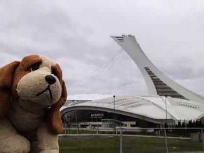Epaf devant le Biodôme de Montréal